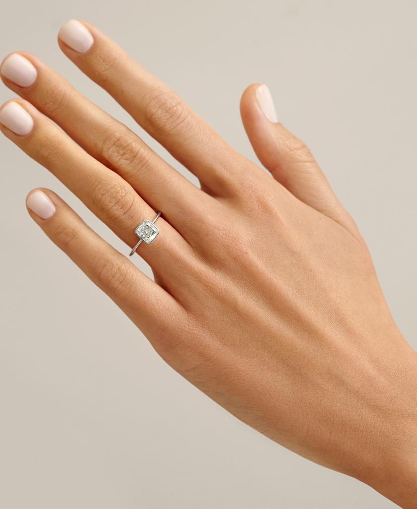 Перстень з білого золота Mono S00122 з діамантом